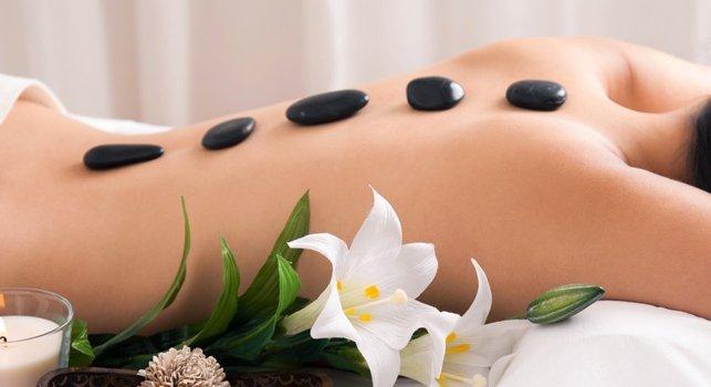 masaje-piedras-calientes
